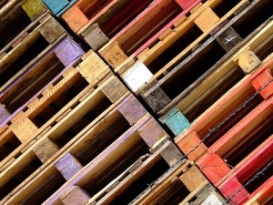 Pallet manufacturing process explained, Wooden and plastic